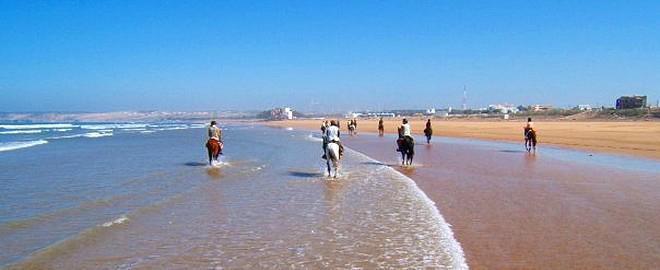 Plage d'Essaouira, plage d'Essaouira, Plage Essaouira, Essaouira plage, Plage Sidi Kaouki, plage moulay bouzerktoun surf