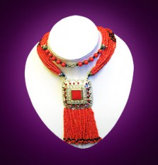 les bijoux bérbéres d'Essaouira constituent l'artisanat du Maroc